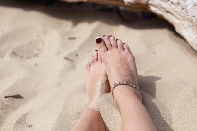 Как заботиться о стопах летом, чтобы не возникло проблем со здоровьем? Рекомендуют эксперты